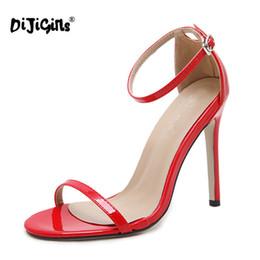 Venta al por mayor de Zapatos de vestir Dijigirls 2019 Verano Sexy Sandalias de tacón alto para mujer Sandalias de punta abierta para mujer Tacones delgados Bombas Fiesta 40