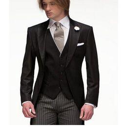 e6fb0b50470 3 pieces High Quality Slim Fit Groom Tailcoat Black Groomsmen Best Mens  Wedding Prom Suits Custom