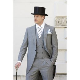$enCountryForm.capitalKeyWord Canada - 2019 Light Grey Tailcoat Men Suit Slim Fit 3 Piece men suit Tuxedo costume homme Groom Blazer mens suits Terno Masculino