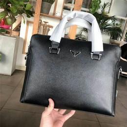 Laptop Chain NZ - New Hot Sale Brand Designer Men Shoulder Briefcase Black Leather Designer Handbag Business Men Laptop Bag Messenger Bag
