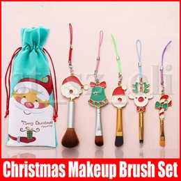 christmas makeup brush gift set UK - 5pcs set Christmas Gift Makeup Brush Set Portable Santa Clause Bell Elk Doll Hanging Ornaments Christmas Decoration for Keychain Cell Phone