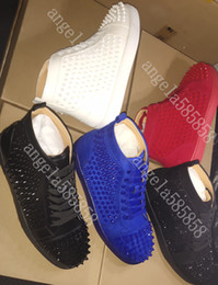 Spiked canvaS ShoeS online shopping - 2019 New Designer Bottom is Red Studded Spikes Flats Luxury shoe for Mens Women Party Lovers Genuine Leather Casual Shoes Sneakers