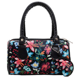 $enCountryForm.capitalKeyWord Australia - New Elegant Shoulder Bag Women Wild Simple Messenger Bag For Girls Fashion Embroidered Flowers Handbag Tote Ladies Purse K626