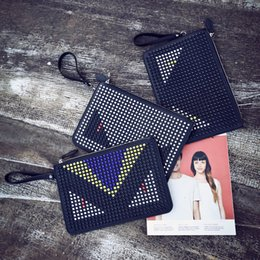 $enCountryForm.capitalKeyWord Australia - 2019 Bolsos Mujer New Cell Phone Pocket Zipper Xiao Song Ode To Joy Star With A Small Bag And Hand Monster Shoulder Messenger