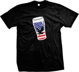 $enCountryForm.capitalKeyWord UK - American Flag Eagle Beer Glass USA Pride Patriotic Beerfest Mens T shirt