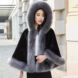 $enCountryForm.capitalKeyWord Australia - Autumn Winter Women Cloth faux fur Blend Coat Slim Fashion Knit Stitching Plush Thickened with Hat Cute Girl Coats Jackets