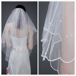 cfda98d1d4 Marfil blanco 2019 Corto Dos capas con peine Velos de novia Accesorios de  boda Envío gratis Beaded Edge Crystal Fashion 02
