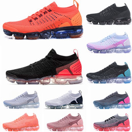 Wholesale 2 New Running shoes For Mens Triples White Black Cool Grey TPU Trainers Fashion Designer Trainers Sport Sneakers