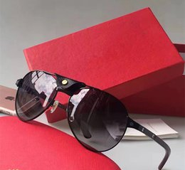 luxury picture frames Australia - Wholesale-NEW Free shipping 2017 luxury sunglasses 8200862 design lens and UV400 lens Picture frame and its metal leg is wrapping material