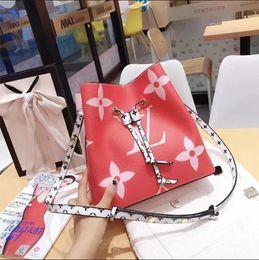 $enCountryForm.capitalKeyWord Australia - Lowest price Sales leather fashion women's designer handbags high quality Ladies shoulder bag messenger bag Totes Popular top wallets tag 77