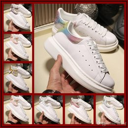 Flat Work Shoes For Women Australia - 2020 Designers Brand 3M reflective white black leather Gold red casual shoes for girl women men pink womens red flat sneakers 36-44