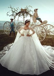 $enCountryForm.capitalKeyWord Canada - Lace Ball Gown Vintage Luxury Sweetheart Princess Plus Size Reception Beach Wedding Dresses Bridal Gown 2019 Bling Long Train With Wrap H015