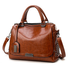 $enCountryForm.capitalKeyWord Australia - Women Leather Shoulder Bag Rivet Casual Tote Bag Handbag Fashion Women's Vintage Handbag Brief Shoulder Big Bags Black Wholesale