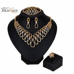 Discount african big bead necklaces - MUKUN NEW Fashion Big Nigerian Wedding African Beads Jewelry Sets Crystal Dubai Gold Color Jewelry Sets For Women Costum