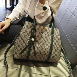 Ladies Sling Handbags Australia - Handbag lady bag female 2019 new fashion Korean large capacity version of the wild slung tote bag bucket