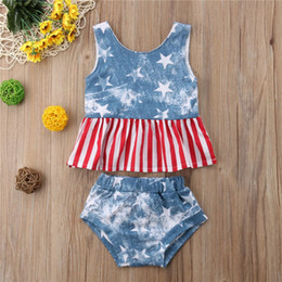 Crystal Blue Flare Australia - Designer 4th of July Baby Boys Girls 2Pieces Outfits US Flag Stars Sleeveless Tops Tees Kids Girls Triangle Shorts Blue Red Stripes Sets