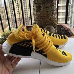 Venta al por mayor de Con la caja de los zapatos del diseñador para hombre de la raza humana HU Runner Pharrell Williams Amarillo Core Negro Zapatillas de running Hombres Mujer Zapatillas 36-45