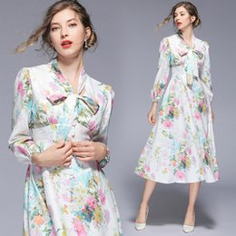$enCountryForm.capitalKeyWord NZ - Party Dress for Women White Floral Print Bow Know V Neck Palace Style Elegant Midi Evening Dinner Prom Fashion Dresses 5413
