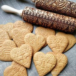 $enCountryForm.capitalKeyWord NZ - 35cm High Quality Embossing Rolling Pin Baking Cookies Noodle Biscuit Fondant Cake Dough Engraved Roller Reindeer Snowflake