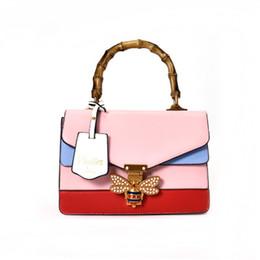 Venta al por mayor de Nueva marca de diseñador Bolsos para las mujeres de lujo Rhinestones Bee monederos bolso de cadena pequeña bolso de Crossbody Señoras ciegas para el partido del amor bolso bolso de mano