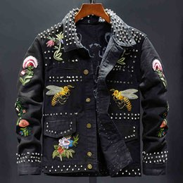 Wholesale Women s fashion rivet flower bees embroidery black jacket Long sleeve slim denim coat Short design embroidered outerwear