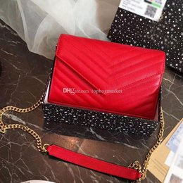 Luxury Chains NZ - Famous brand designer luxury ladies small chain shoulder bag messenger bag for women envelope crossbody hot sale free shipping size:23x16cm