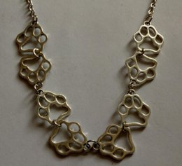 $enCountryForm.capitalKeyWord Australia - Hollow Cat Dog Paw Print Necklace Pendant Combination Vintage Bronze Silver Charms Choker Statement Necklace For Women Jewelry Best Friends