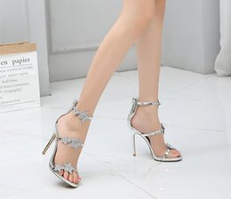 $enCountryForm.capitalKeyWord Australia - Designer women high heels party fashion girls sexy Bright stars Lady shoes Dance wedding shoes sandals prom Luxury Dress women shoes