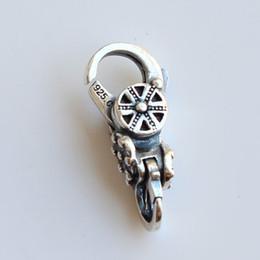 $enCountryForm.capitalKeyWord NZ - Spiritual Temple's Lock Authentic 925 Sterling Silver Lobster Clasp Charms Fit European Brand Troll Bracelet DIY Jewelry Making
