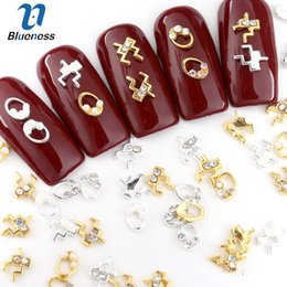 studs decoration NZ - Blueness 10pcs lot Gold Silver 3D Nail Art Decoration Rhinestone Studs Metal Glitter Charms Jewelry For Nails Art Accessoires