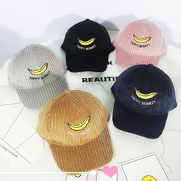 Wholesale New Kids Casual Adjustable Cotton Baseball Cap Children Boy Girls Fitted Cartoon Banana Embroidery Hip Hop Hats Snapback