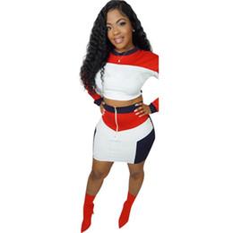 23600b6c6 Diseñador de la marca 2 piezas del vestido de las mujeres top de cultivo  mini vestido camisa de manga larga falda corta ropa deportiva por encima de  la ...