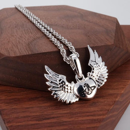 $enCountryForm.capitalKeyWord Australia - 2019 European and American stars Silver Eagle Angel Flying Chilts Love Heart Necklace Necklace Spot