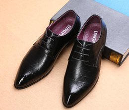 Design Patterns For Dresses Australia - Men Dress Shoes check design Pattern Elegant Mens Formal Shoes Leather Classic Designer Suit Shoes For Wedding Party size 39-46