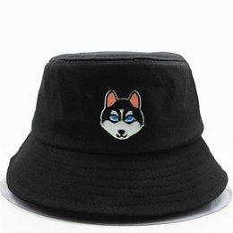 black wolf hat NZ - LDSLYJR Cartoon wolf dog embroidery cotton Bucket Hat Fisherman Hat outdoor travel Sun Cap Hats for men and Women 156