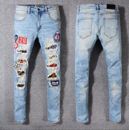$enCountryForm.capitalKeyWord Australia - 2019 men Jeans World Famous Designer Brand Men Personalized Stylish Popular Holes Jeans Motorcycle Jeans Denim Pants Trousers 28-42