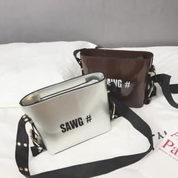 $enCountryForm.capitalKeyWord Australia - Free2019 Wind School Small Bag Woman Width Straps Patent Leather Messenger Bucket All-match Tide Single Shoulder Package