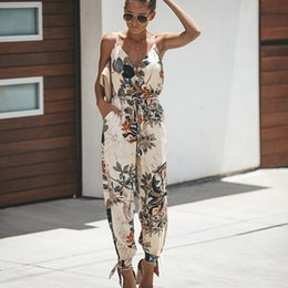 $enCountryForm.capitalKeyWord Australia - Summer Women Jumpsuit Sexy Sleeveless Print Playsuit Female Pockets V Neck Casual Strap Rompers 2019 Fashion Jumpsuits Overalls MX190726