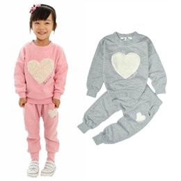 $enCountryForm.capitalKeyWord Australia - Baby Girls Clothing Sets Kids Long Sleeve Tops T-shirts + Pants Heart Outffits Homewear Clothes Set Freeshipping