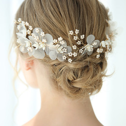 pearl floral wedding hair combs Australia - wholesale Bridal Hair Comb Pearls Jewelry Gold Floral Women Headpiece Handmade Wedding Hair Accessories Ornament