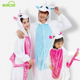 2f1106544a5655 Einhorn Flanell Mädchen Jungen Pyjamas Für Familie Kostüm Cosplay Tier  Onesies Für Männer Frauen Erwachsene Kind Tier Pyjamas One Piece Y190523