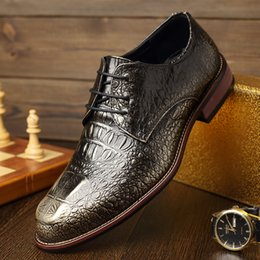Discount new shoes pattern for men - 2019 new mens brandfashion Crocodile pattern leather shoes male casual flats lace up Nightclub bullock shoes for young m