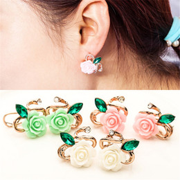 crystal grape wholesale NZ - Oorbellen Promotion 2018 High Rose Plate Crystal Flower Grape Stud Earrings Quality Plant Women Brincos Wholesale New Jewelry gift