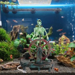 fishing ornament Australia - Aquarium Decorations Pirate Captain DIY Landscape Skeleton on Wheel Action Figure Fish Tank Ornament Aquarium Decoration