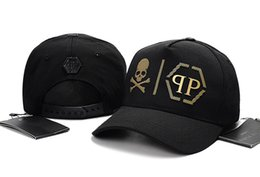 Unisex marcas Snapback Caps Diseño de moda de verano Sombreros de malla Gorras de bolas de lujo Para mujer Ocio Visera Primavera Otoño Mens Hip-hop Sombreros en venta