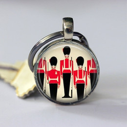 $enCountryForm.capitalKeyWord Australia - Queens Guard London England Travel Keychain UK United Kingdom Key Chain Key Ring