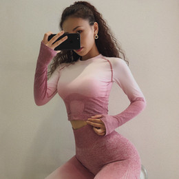 $enCountryForm.capitalKeyWord NZ - 2019 New Yoga Set Women Long Sleeve Fitness Crop Top And Scrunch Butt Sport Leggings Ombre Seamless Gym Clothing Sport Suits 2pc Y190508