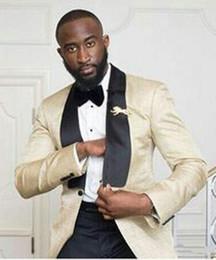 $enCountryForm.capitalKeyWord Australia - shiny Beige Men Wedding Tuxedos Black Shawl Lapel Groom Tuxedos Excellent Men Blazer 2 Piece Suit Prom Dinner Jacket(Jacket+Pants+Tie) 53