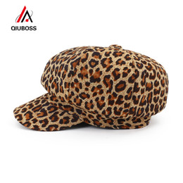70378e27370cd QIUBOSS Fashion New Women Leopard Print Newsboy Caps Ladies Casual Painter  Hat Dome Peaked Cap Fascinator Hats for Female QB131