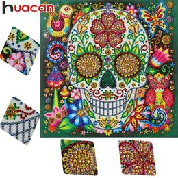 round skull NZ - wholesale Diamond Embroidery Sale Special Shaped Diamond Painting Skull Picture Of Rhinestone Round Cartoon Home Decoration 25x25cm